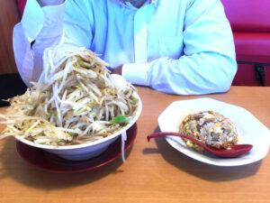 こちらが今週のラーメンだーーーー!!!!! ①「パワー麺 麺・野菜大盛り」+「半炒飯」