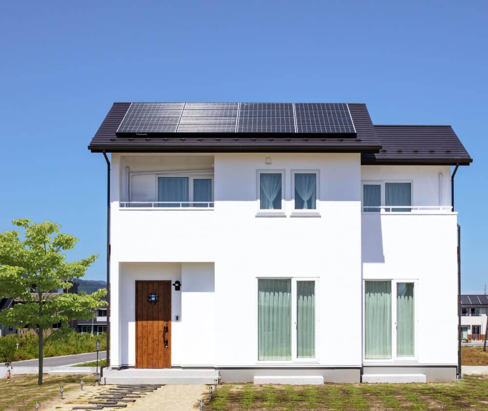 【身近なものになった太陽光発電を見直してみて】